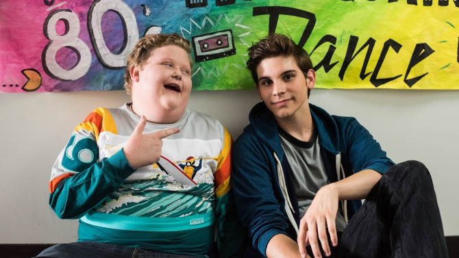 Fox Digital Teen Comedy 'Mono' With Vine Stars and Affix!